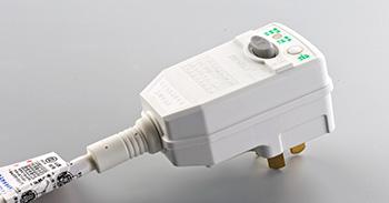 美的空调漏电保护插头定制案例