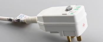 热水器为什么要用漏电保护插头?